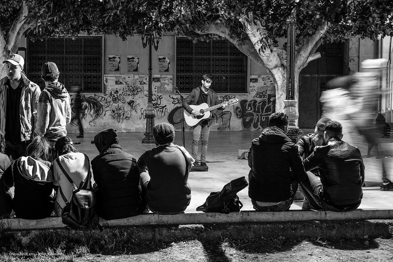 Street Performer, Rabat
