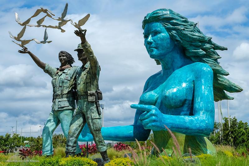 El Salvador Peace Statues