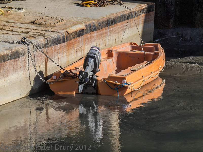 16 Feb 2012 motor boat used when raft is at work.