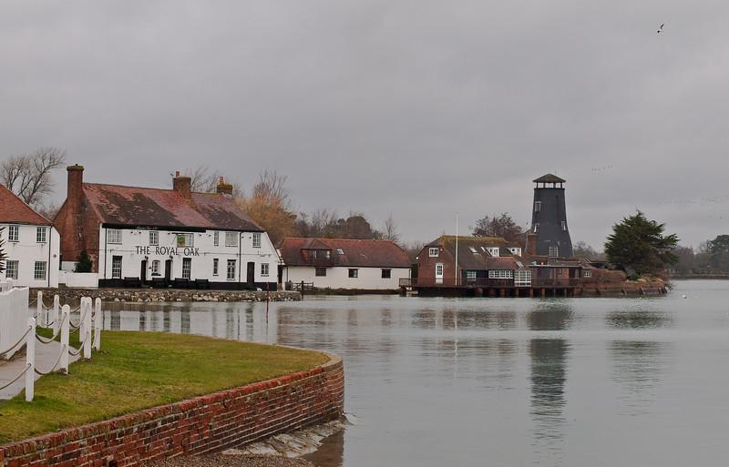 Langstone Waterfront. Copyright Peter Drury 2010