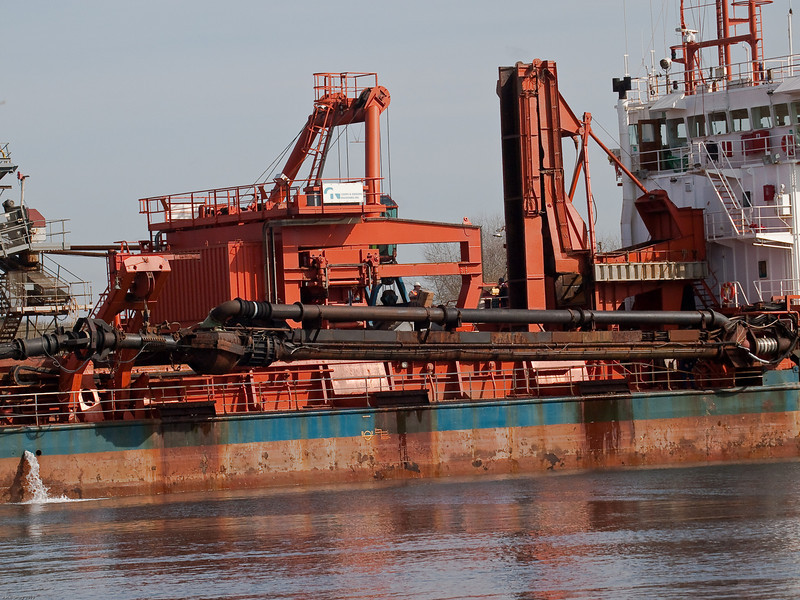 Arco Dee unloading at the wharf. Copyright Peter Drury 2010
