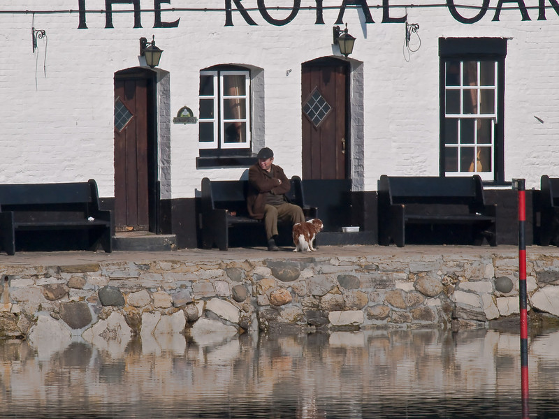 The Royal Oak, Langstone. Copyright Peter Drury 2010<br /> It was such a gorgeous day that what could be better than resting whilst walking the dog.