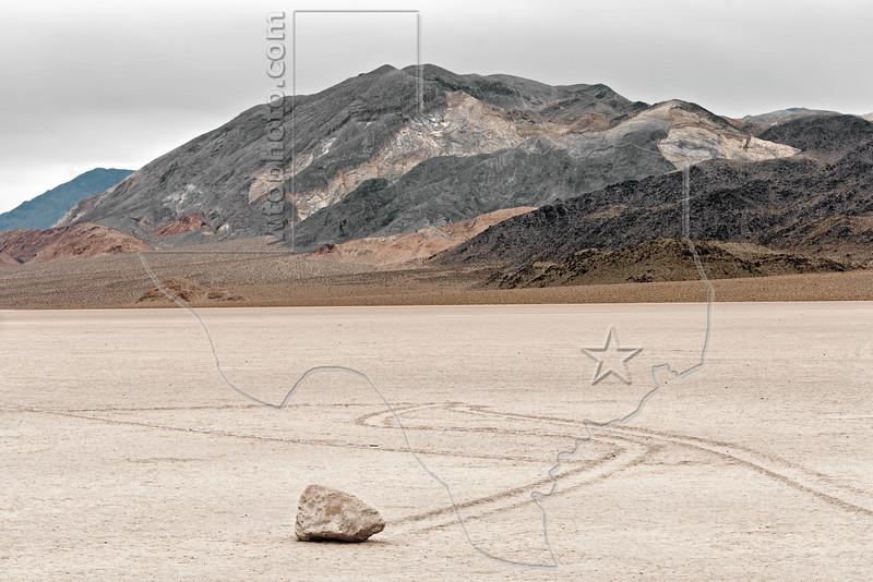Sailing Rocks, Racetrack Playa, <br /> Death Valley National Park, California