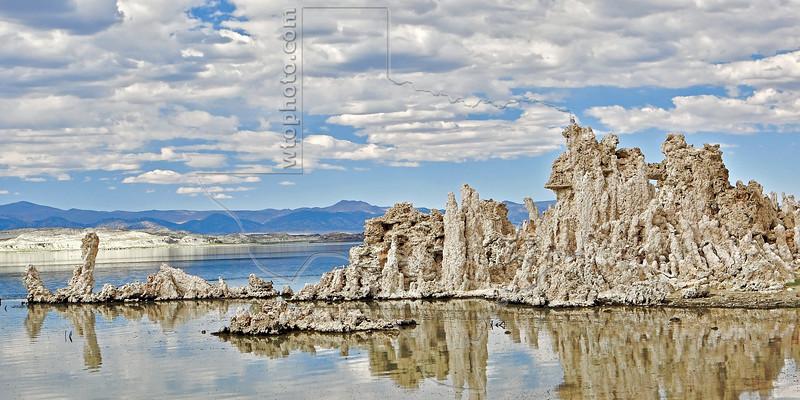 Tufa Formations, Mono Lake,<br /> Near Lee Vining, California