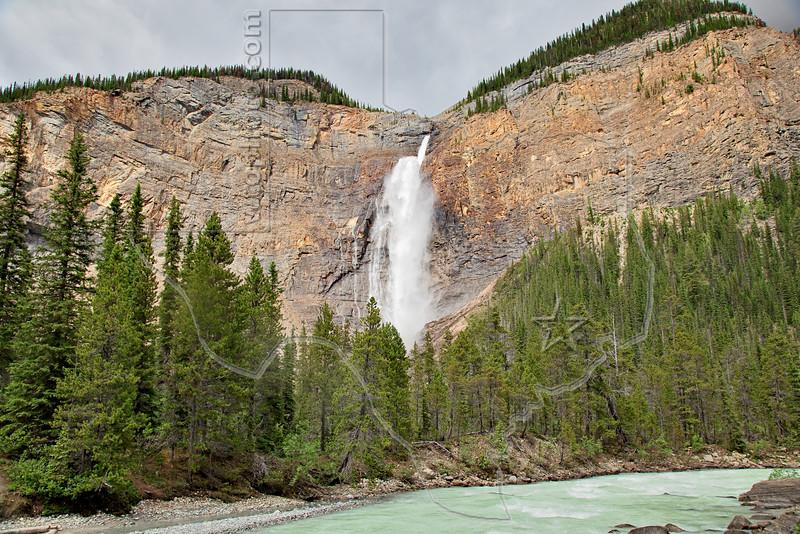 Takakkaw Falls, <br /> Yoho National Park, British Columbia, Canada