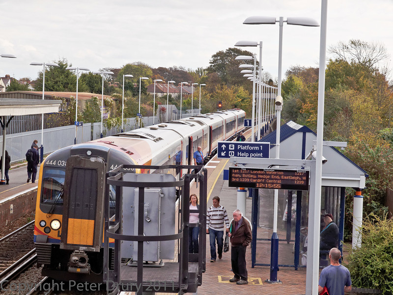 29 Oct 2011 Class 444 EMU on a Portsmouth Harbour to London Waterloo (via Eastleigh) service.