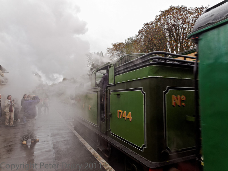 30 Oct 2011 Gresley NER Tank at Alresford at the head of the two coach shuttle to Ropley.