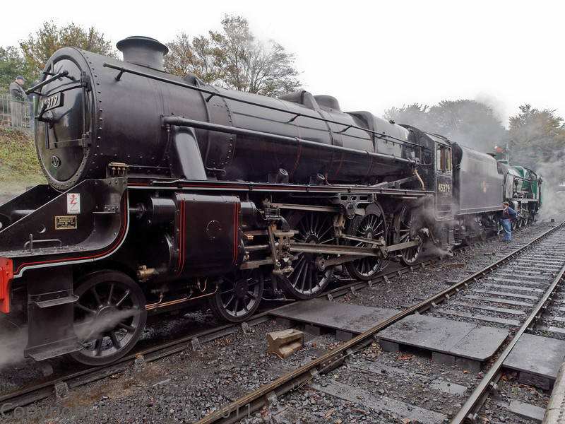 30 Oct 2011 Lord Nelson is attached to the LMS Class 5.