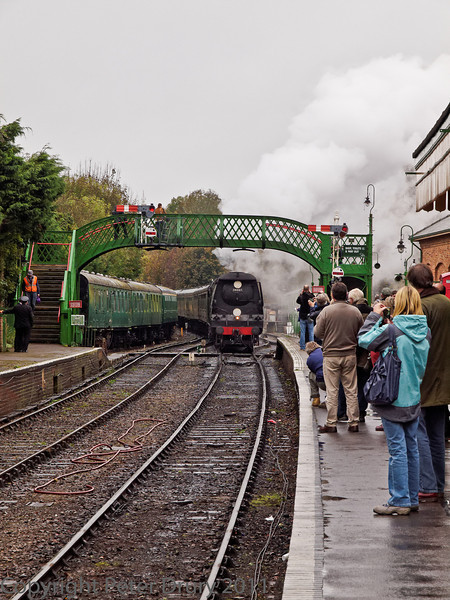 30 Oct 2011 Lord Nelson failed at Alton throwing the planned schedule out. The goods train was cancelled and Wadebridge drew a spare coaching set from the sidings to form another passenger train instead.
