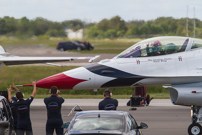 Thunderbirds Melborne air show 2014
