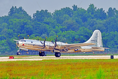 """WB-B-29 0081 A Boeing B-29 Superfortress warbird, """"DOC"""", 469972, landing at the 2018 Thunder Over Michigan airshow, by Peter J  Mancus     851_2100     DWT"""