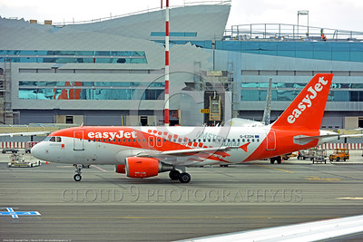 A320 00001 An Airbus A320 EASY JET G-EZDN jet airliner taxis for take-off at Rome 6-2016 jet airliner picture by Peter J  Mancus