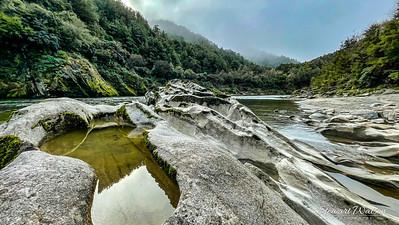 Upper Buller gorge rock pools