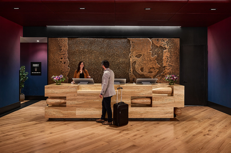 Rally_Hotel-Lobby-FrontDesk-Checkin-small.jpg