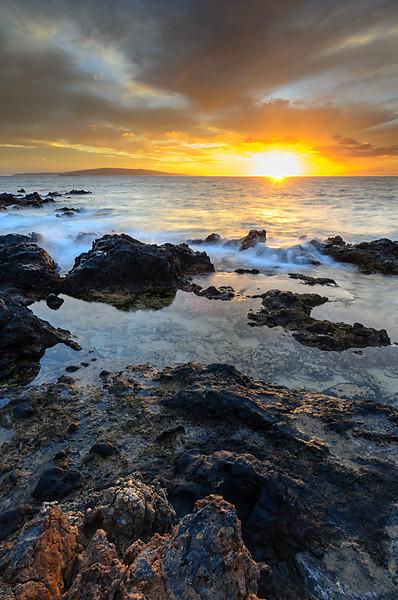 Keawakapu beach rocks