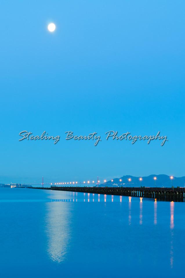 Berkeley jetty at dawn