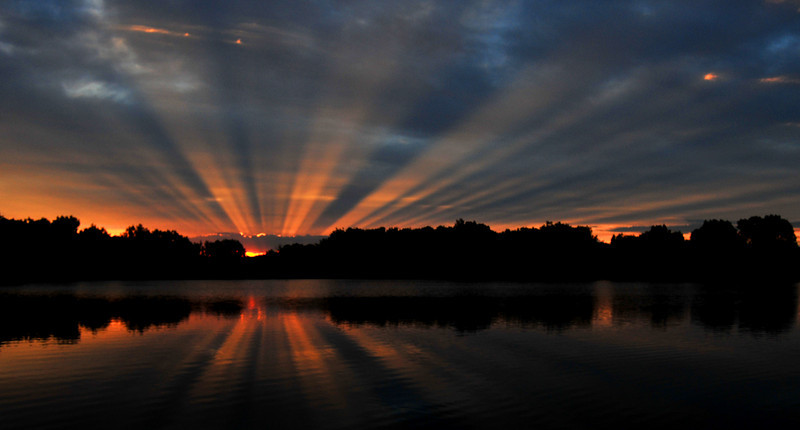Crepuscular Rays, Mary Carter Greenway