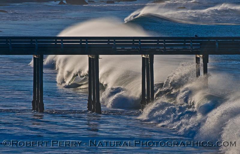 Waves, spray - Cayucos Pier