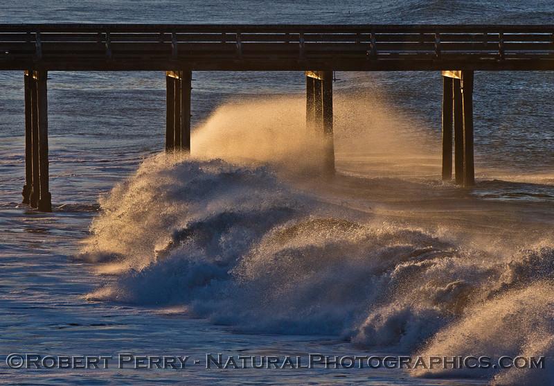 Dawn, waves - Cayucos Pier