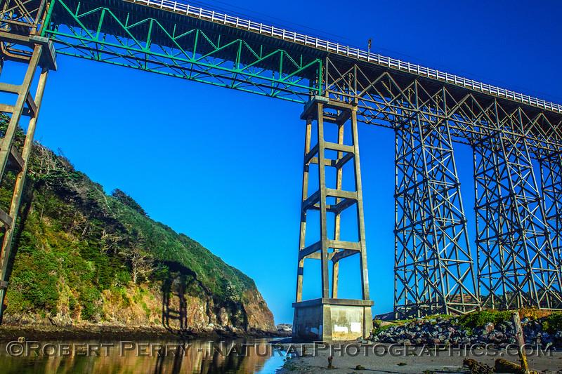 Albion River Bridge, Hwy 1...low tide.
