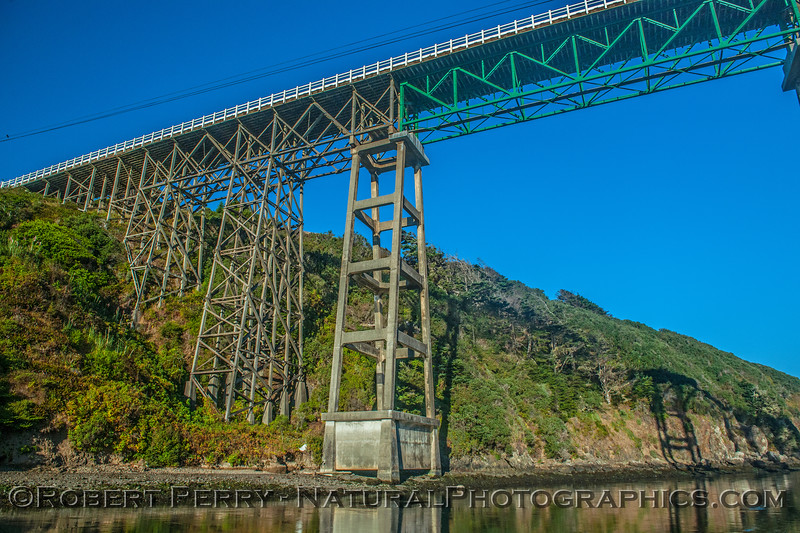 Albion River Bridge, Hwy 1...low tide.