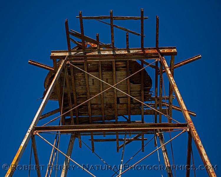 water tank remains 2021 02-04 Staten Isl-b-013