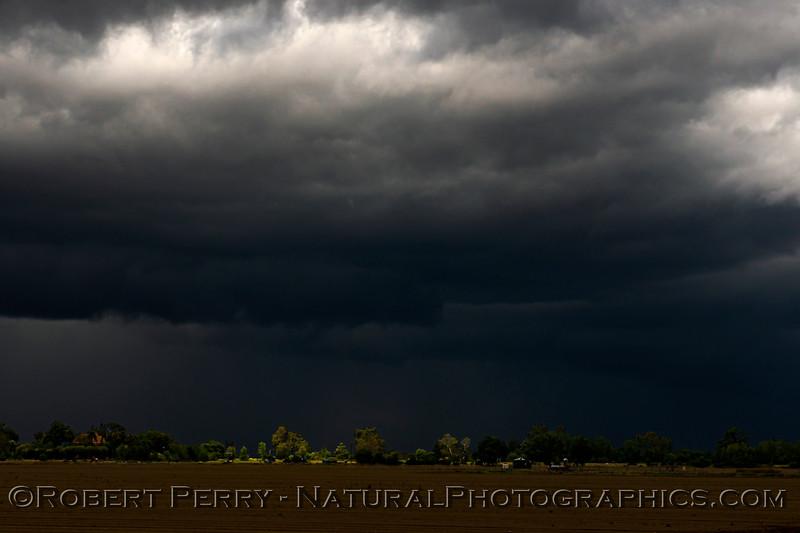 storm cloud patterns 2021 04-25 Colusa Cnty-118