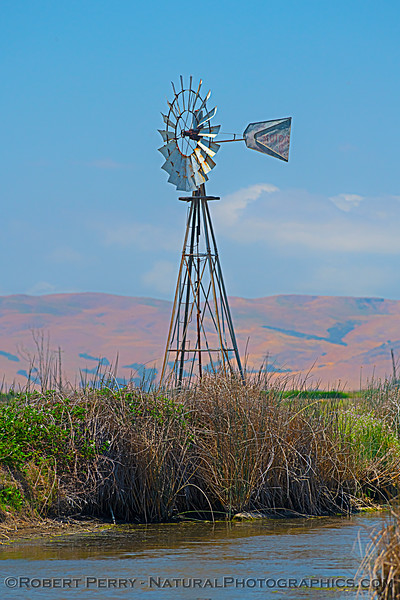 windmill - presumably pumps water for irrigation