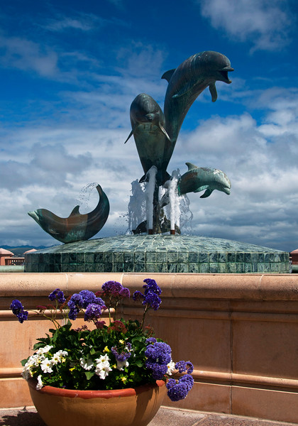 Monterey Bay, CA Fountain
