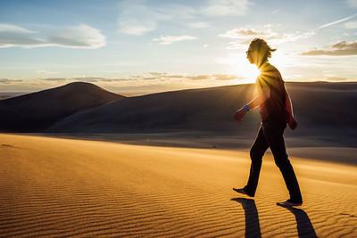 dune sauntering.