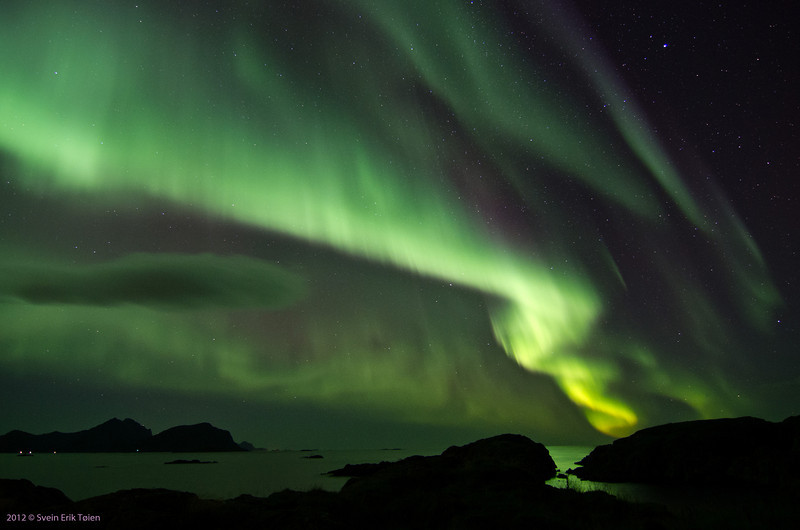 Northern lights over the ocean<br /> Vestervika, Nyksund