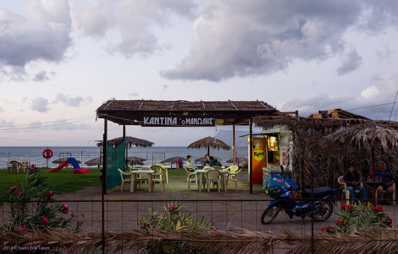 Taverna in low season, Kissamos