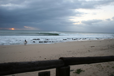 early lines as the swell pushes in