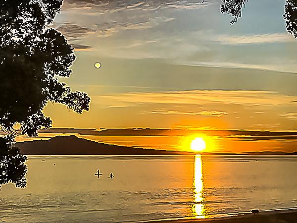 Sunrise from Takapuna Beach