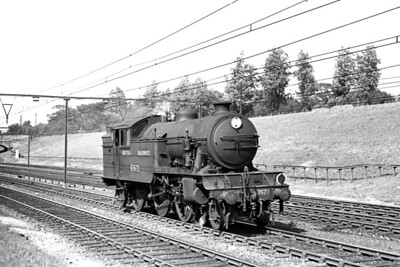 Descending the bank from Shenfield to Brentwood on 26/4/48 is Greslet V3 class 2-6-2T no. 67672 in apple green livery but BR branded. 67672 had been allocated to stratford since it was new in 1938 but would move to Dunfermline, its onl other home shed, in the August after this shot was taken. Withdrawal came in November 1962. [H. C. Casserley / Mike Morant collection]