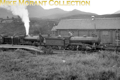 LNER Gresley K2/1 mogul no. 4693 Loch Sheil pilots Reid D34 4-4-0 no. 9298 Glen Sheil whilst both take on water simulraneously at Crianlarich in August 1939. [S. H. Freese / Mike Morant collection]