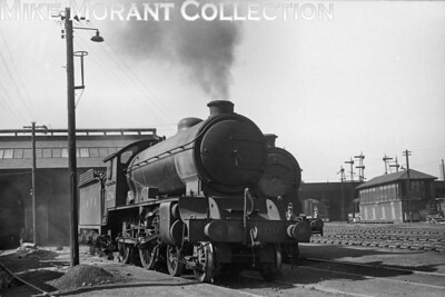 Gresley D49/1 'Shire'class 4-4-0 no. 62714 Perthshire at home on Perth shed on 18/6/49. 62714, depicted here with LNER branding on its former GCR tender, would be reallocated to Stirling in September 1951 which is where withdrawal would come in the first week of August 1959. [H. C. Casserley / Mike Morant collection]