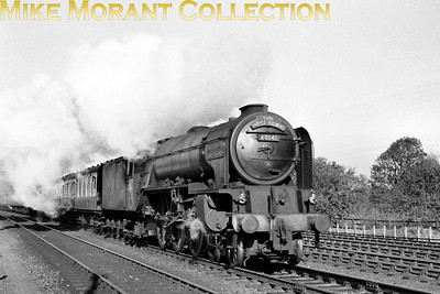 Peppercorn A1 pacific no. 60141 Abbotsford in charge of the West Riding Limited. [Mike Morant collection]