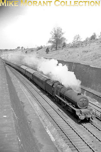 LMSR Stanier pacific no. 6200 Princess Royal at Roade on 7/5/1947. [Mike Morant collection]