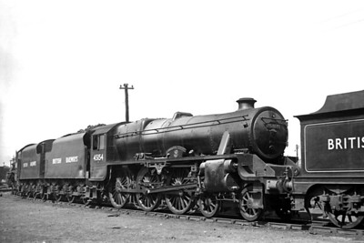 St, Rollox allocated Stanier 'Black 5' 5MT 4-6-0 no. 45154 Lanarkshire Yeomanry at Perth mpd on 18/6/49. The BR branding had been applied in January of the same year. [H. C. Casserley / Mike Morant collection]