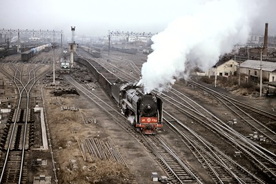 Chinese State Railway QJ class 2-10-2 no. 2713 at Harbin on 7/11/90. [Mike Morant collection]