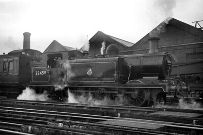 An undated view of ex-works Billinton E3 class 0-6-2T no. 32459 at Brighton. 32459 was based at bricklayers Arms mpd throughout the BR era and would be withdrawn in June 1956 after eight months in store there. [Mike Morant collection]