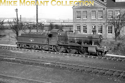 Didcot allocated Churchward 4300 class mogul no. 5380 at Eastleigh on 26/3/62. [C. L. Caddy / Mike Morant collection]