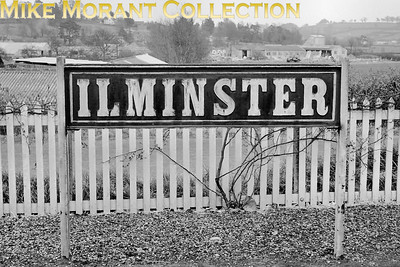 GWR wooden running-in board at ILMINSTER on the Taunton to Chard branch. This shot was taken on 8/4/62. [C. L. Caddy / Mike Morant collection]