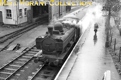 A rainy day in 1961 sees Cllett 5700 class 0-6-0PT no. 9647 at Martock station on the Taunton to Yeovil branch. The branch would close on 15/6/64. [Mike Morant collection]