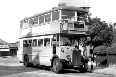 London Transport 'GENERAL' STL164, registration no. AGX 511, at an undisclosed location but the indicator blind suggests that this was taken after its transfer to Turnham Green garage circa 1949. [Mike Morant collection]