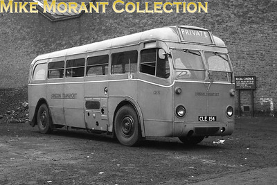 London Transport 5Q5 signle deck bus no. Q131, licence no. CLE 154, in the Regal cinema car park at Old Kent Road. [Mike Morant collection]