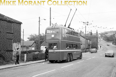 Huddersfield Corporation buses Fleet no.: 600 Registration: FCX 800 Chassis: Sunbeam Body: Roe Entered service: 3/51 Withdrawn: 7/66 [Mike Morant collection]