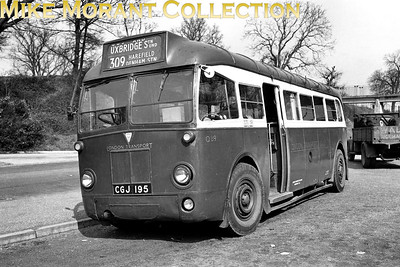 London Transport, country area 4Q4 single-decker no. Q89, registration no. CGJ 195, at Rickmansworth station whilst operating on route 309 to Uxbridge. Q89 would be withdrawn from service in March 1952. [Mike Morant collection]