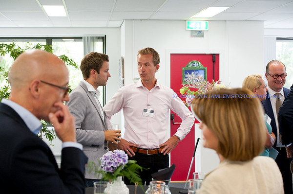 LinkedPerfect Businessclub trouve mlf- 04-07-17-_DSC5910